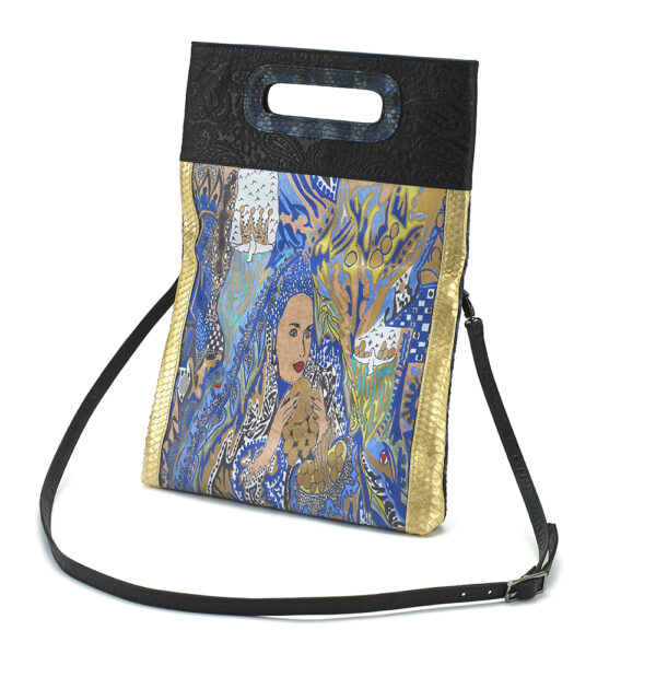 foldover-crossbody-miracles-blue-blk-python2